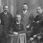 1908: Der Vorstand - v.l. Ehrenturnwart Peter Karrer, Gründer Ludwig Schöchle I., Gründer Adolf Walz, 1. Vorstand Ludwig Schöchle II., Ehrenvorstand Ludwig Fischer, Gründer Friedrich Fischer I