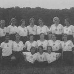1925: Turnerinnen auf dem RFG-Platz