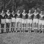 1956: Jugend-Handballmannschaft, v.l. Egbert Dolde, Paul Wurster, Hans-Jürgen Heckenhauer, Hubert Fischer, Hans-Jürgen Becker, Manfred Jünger, Rolf Schlotzer, Wolfgang Zwick, Gerold Kessel, Volker Sauer, Günther Mohr, Trainer Hannes Holder